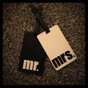 Accessories - Mr & Mrs